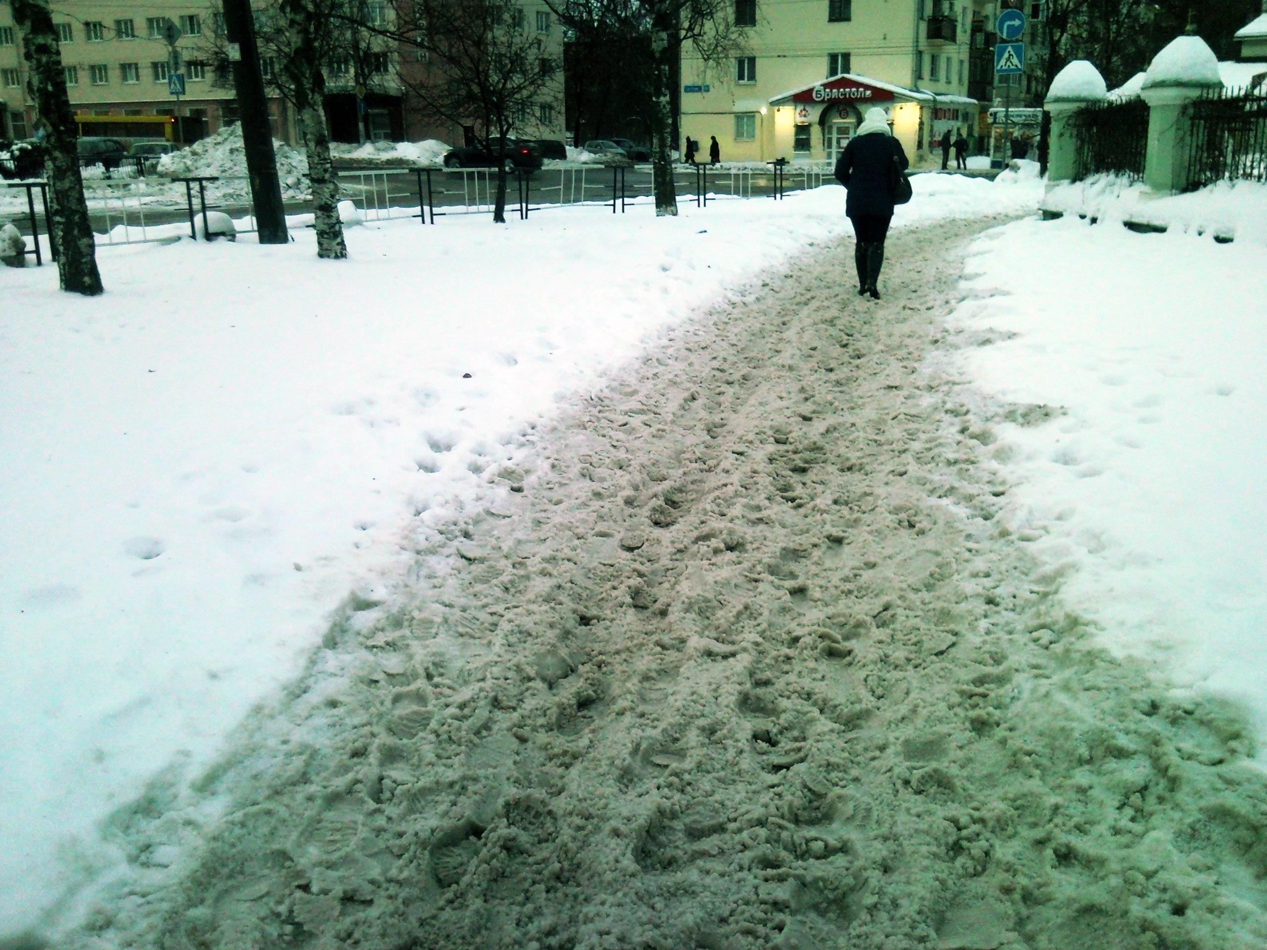 40 предпринимателей согласились помочь убрать улицы Вологды от снега