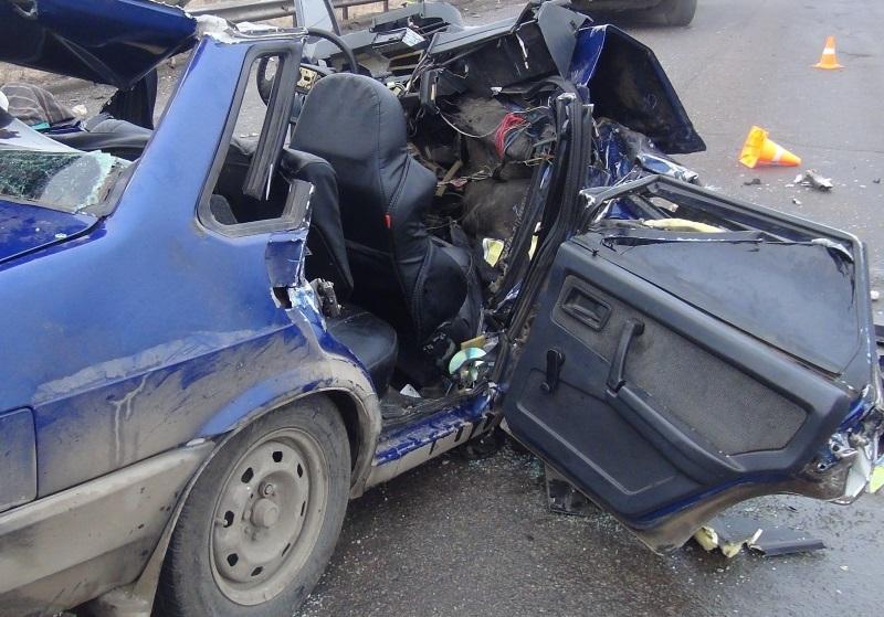 ДТП в Вологде: двое погибли, четверо пострадали