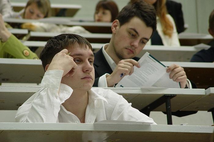 Специальности юриста, экономиста, журналиста и переводчика в ВоГУ станут платными