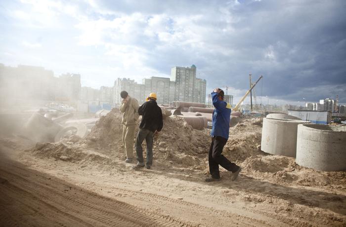 Глава Вологды пообещал еженедельные фото со стройки домов для переселенцев из аварийного жилья
