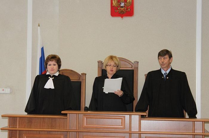 Евгения Доможирова сняли с выборов в вологодскую гордуму за отсутствие в заявлении наименования вуза