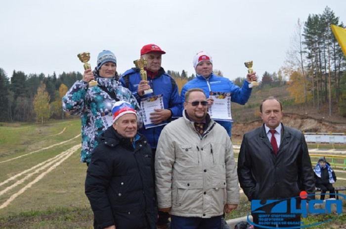 Анатолий Алябьев поздравил победителей чемпионата Вологодской области по летнему биатлону