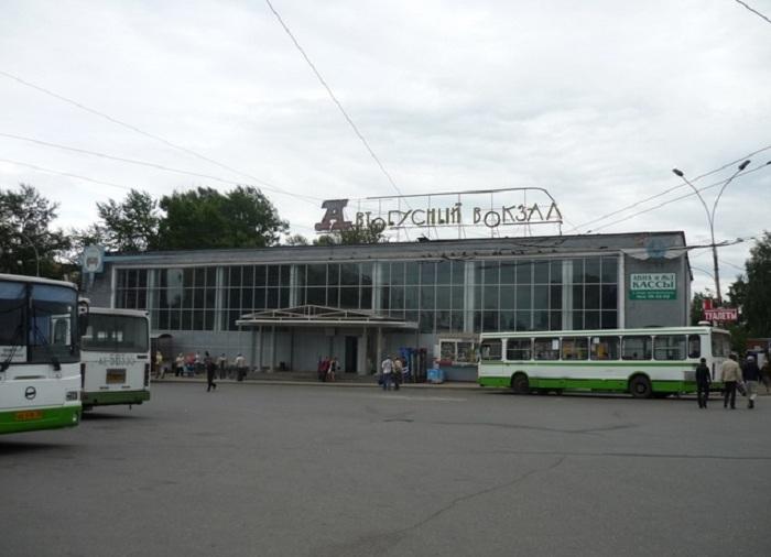 В Вологодской области организация межрайонных автобусных перевозок станет частным бизнесом