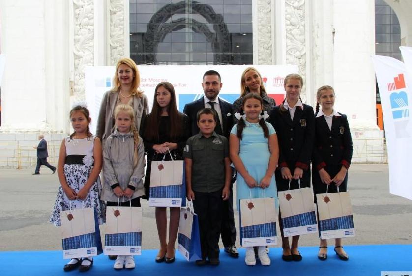 Юная вологжанка возглавила десятку самых читающих школьников России