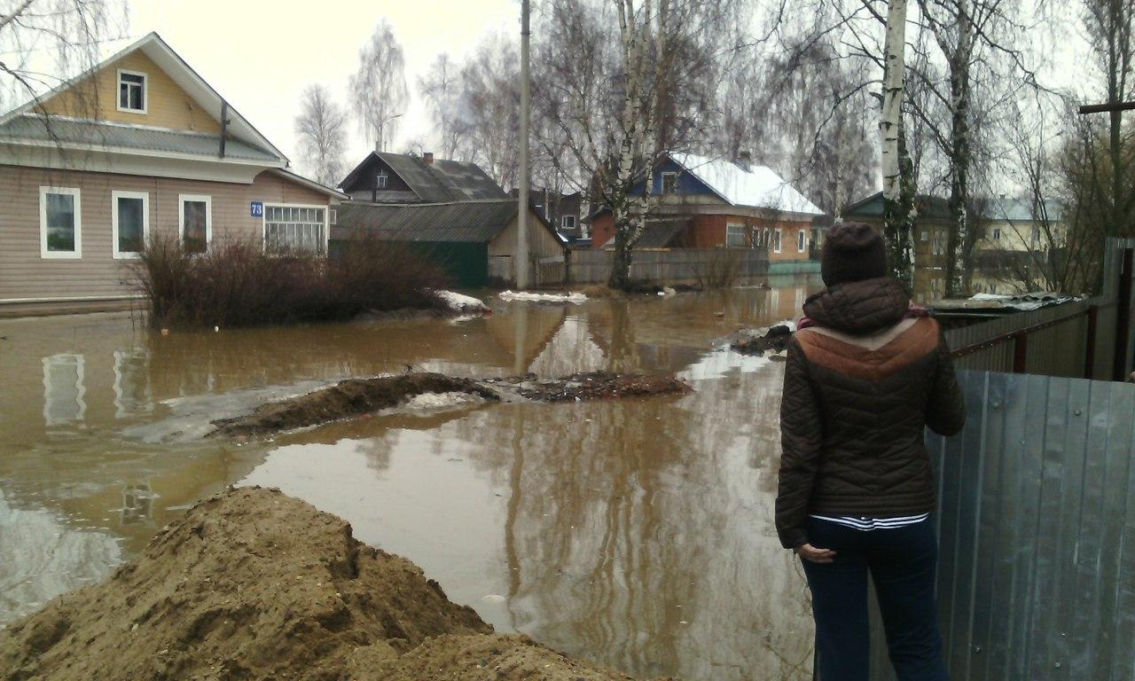 В Великом Устюге затопило 12 улиц