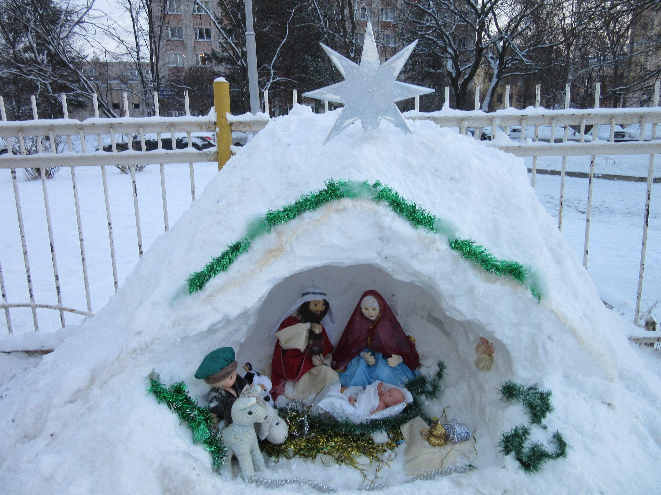 Рождественские богослужения проходят сегодня в храмах Вологды