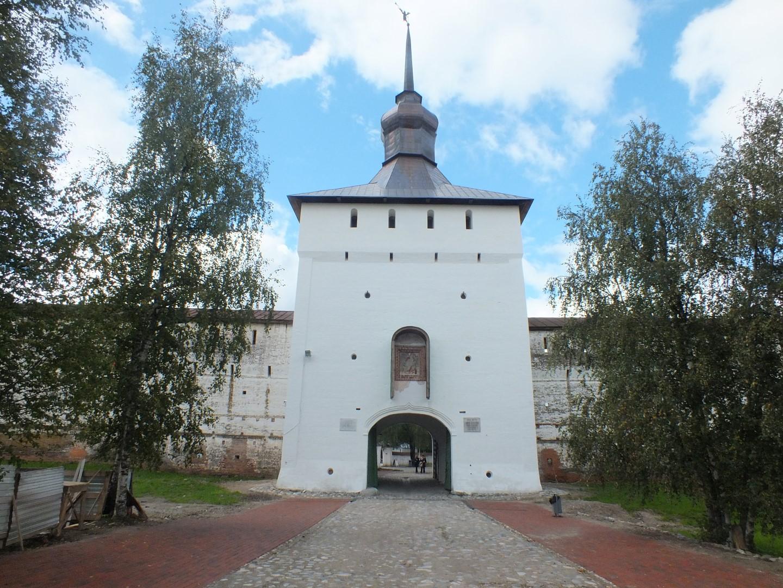 В Кириллове завершилась реставрация Казанской башни монастырской крепости