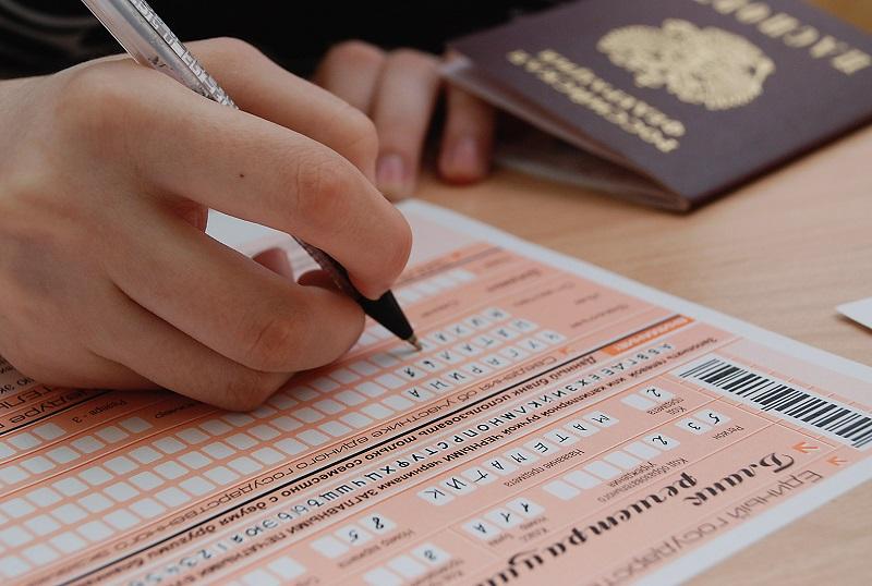 16 выпускников в Вологодской области сдали ЕГЭ по русскому языку на 100 баллов