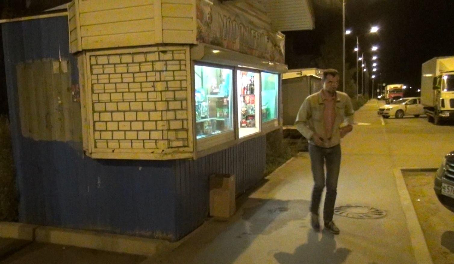 Ларек в Вологде незаконно продавал не только пиво, но и «тоник красного перца»