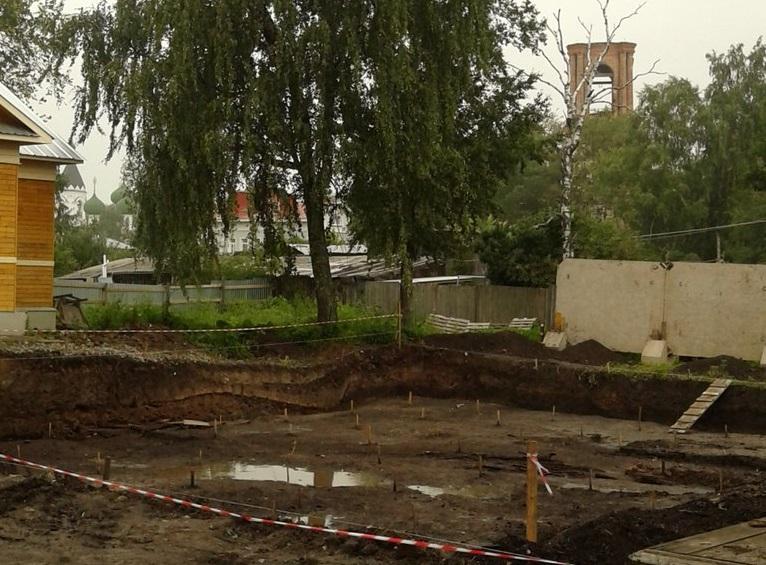 Берестяную грамоту 14-15 веков нашли в Вологде во время археологических раскопок