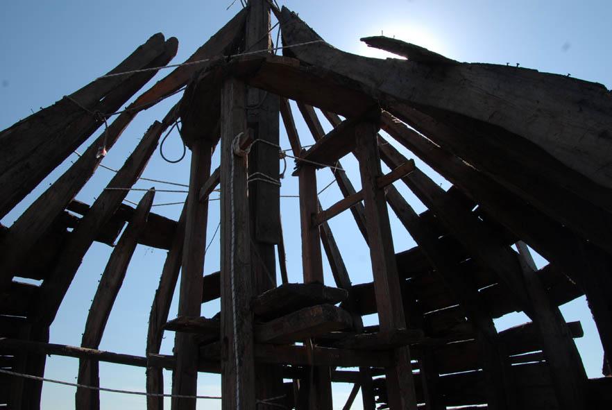 Жители Белозерска просят Путина спасти деревянную церковь XVII века