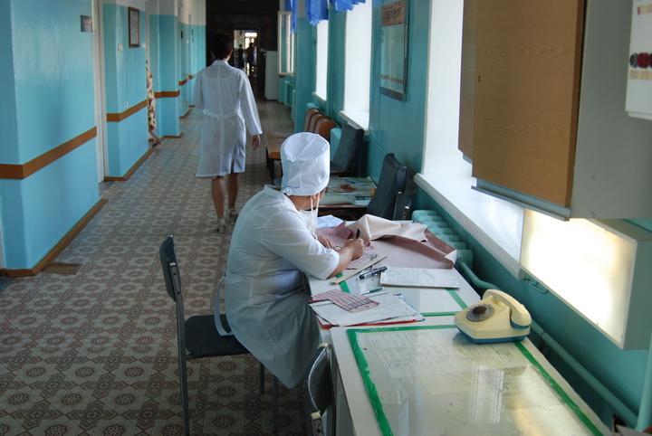 Зарплата младшего медперсонала в Вологодской области в 2,5 раза меньше средней по региону