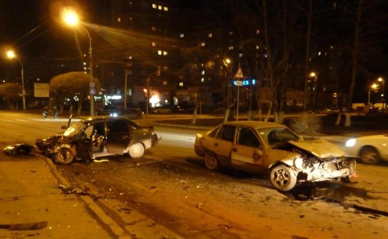 Очевидцы: на Костромской в Вологде серьезная авария
