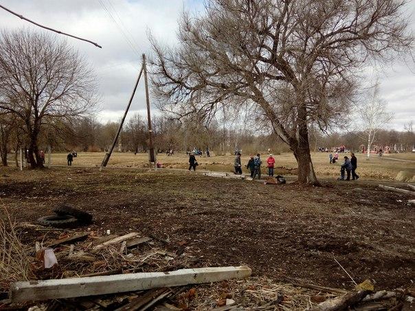 Минус 15 тонн мусора: в Ковыринском парке Вологды прошел субботник