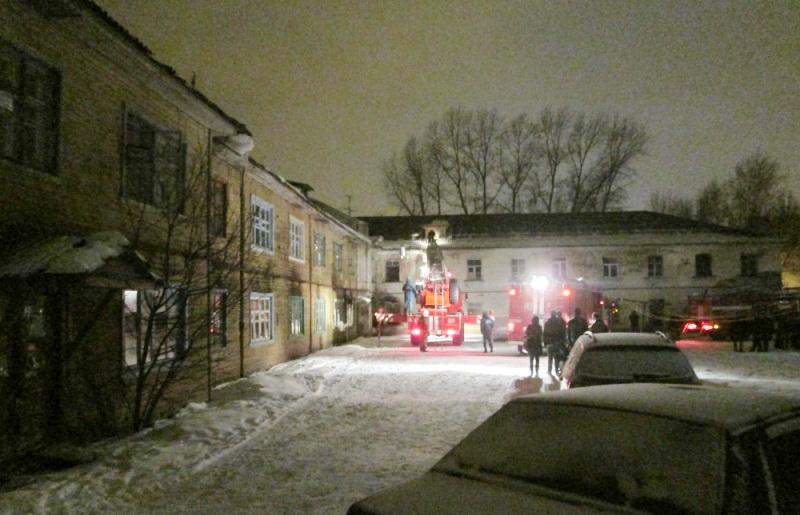 В Вологде при пожаре в расселяемом доме погибла женщина