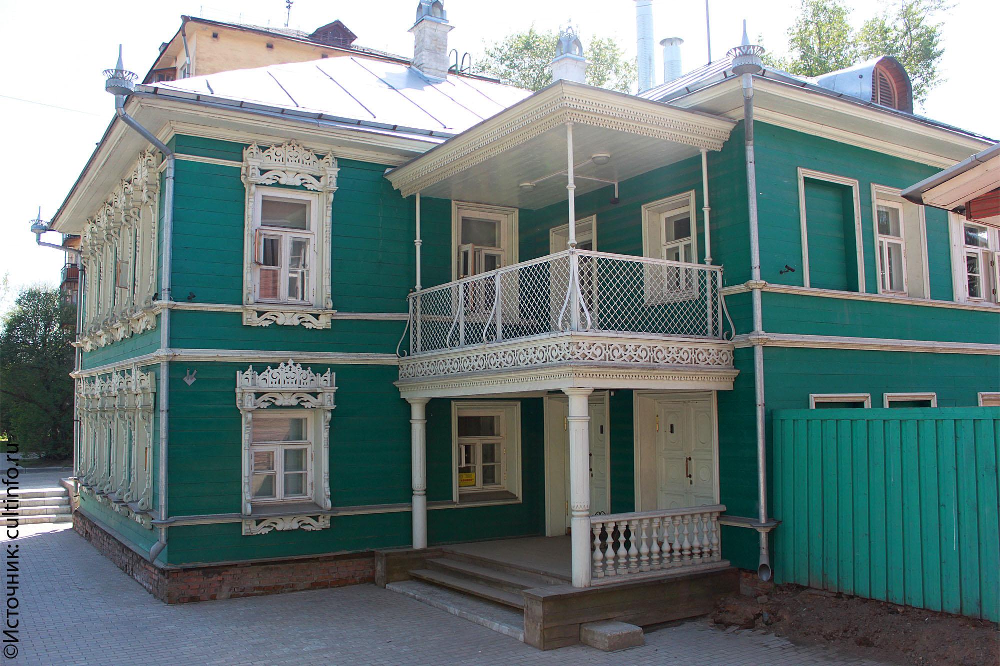 Дом купцов Пановых на улице Герцена в Вологде продают за 8,5 млн рублей