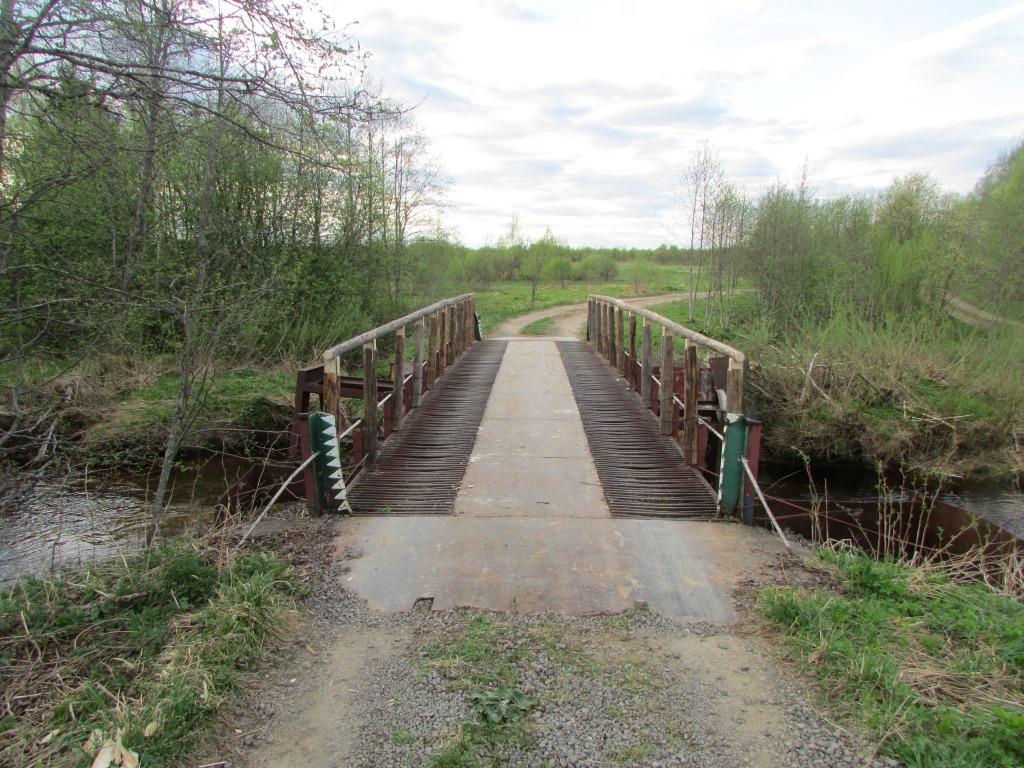 Житель Череповецкого района срезал перила с моста в деревне Мишино и сдал в металлолом