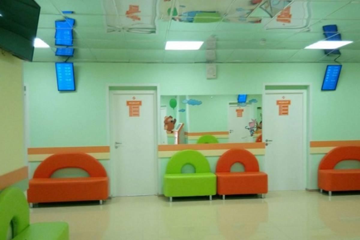 В Череповце после затянувшейся реконструкции открылась поликлиника №7