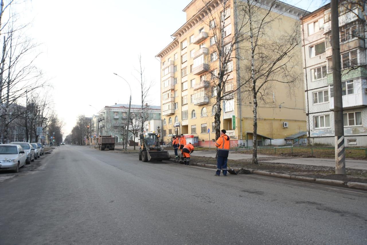 В Вологде к 10 апреля обещают убрать улицы от грязи