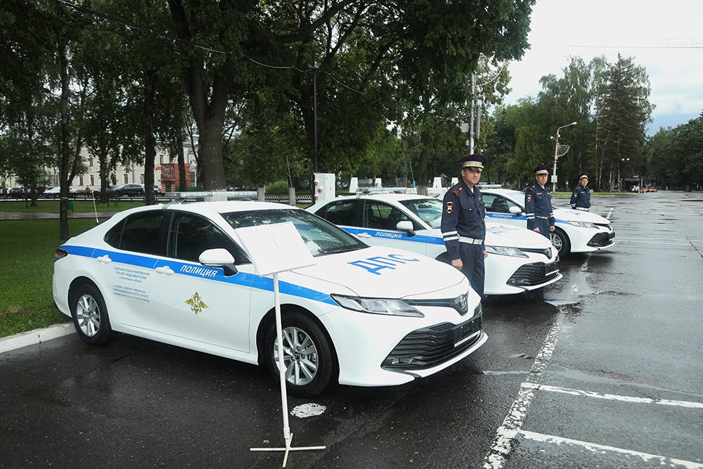 Три «Тойоты Камри» купили засчет областного бюджета для «повышения мобильности» вологодской ДПС