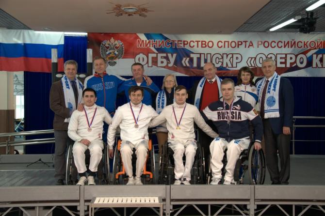 Одну золотую и две серебряные медали завоевали вологжане на Кубке России по фехтованию на колясках