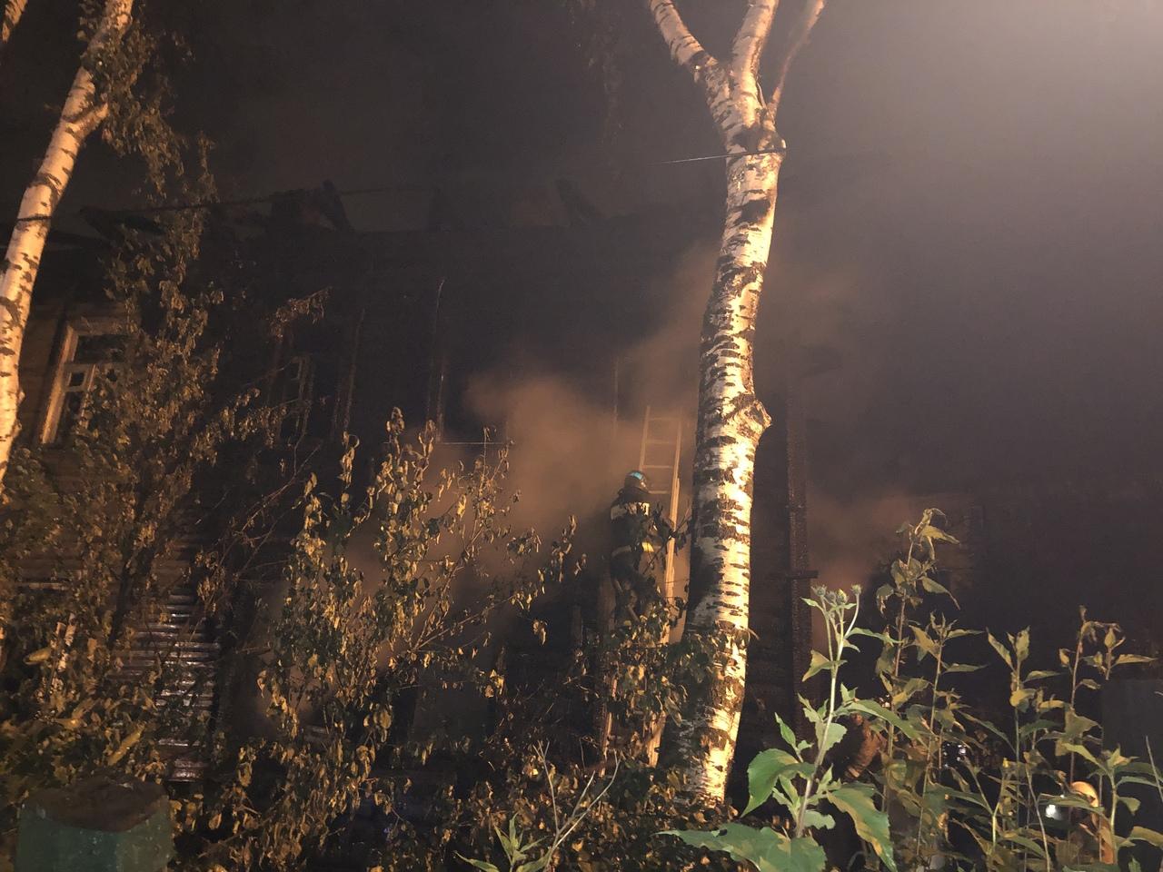 В Вологде вновь подожгли расселенный дом на Набережной VI армии, 175