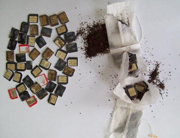 Осужденному колонии в Шексне пытались передать 55 сим-карт, спрятав их в чайные пакетики