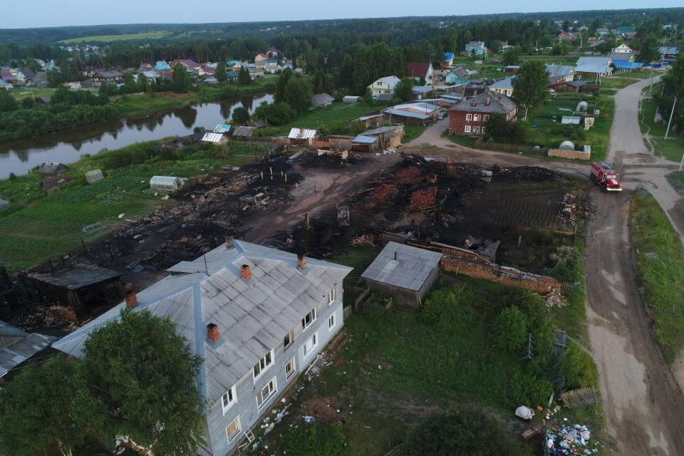 Жильцам сгоревшего в Никольске многоквартирного дома выплатят матпомощь