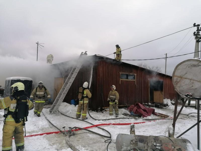 В Кадникове произошел пожар на пилораме