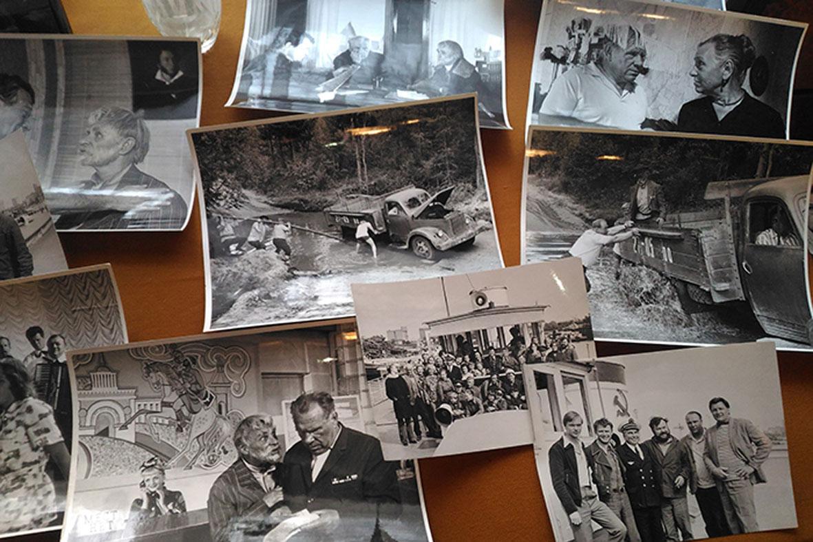 Выставка фотографий со съемок фильма «Целуются зори» откроется в Харовске