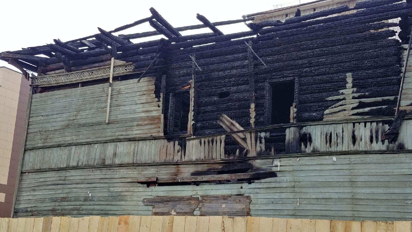 Полиция Вологды два месяца проводит проверку по факту поджога памятника архитектуры на Ветошкина
