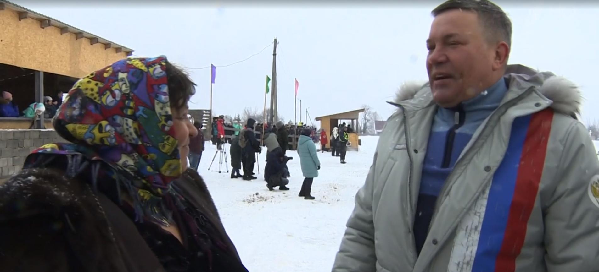 Губернатор Олег Кувшинников в эфире Первого канала рассказал, как в детстве пас коров