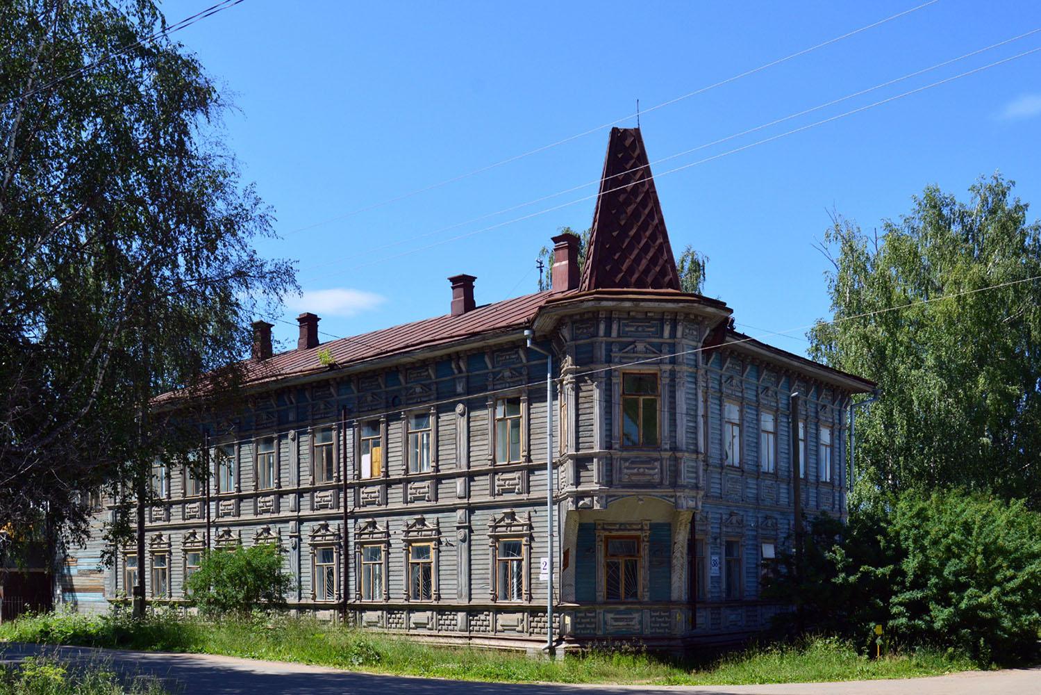 Дом Жигаловых начала XIX века выставили на продажу за один рубль в Великом Устюге