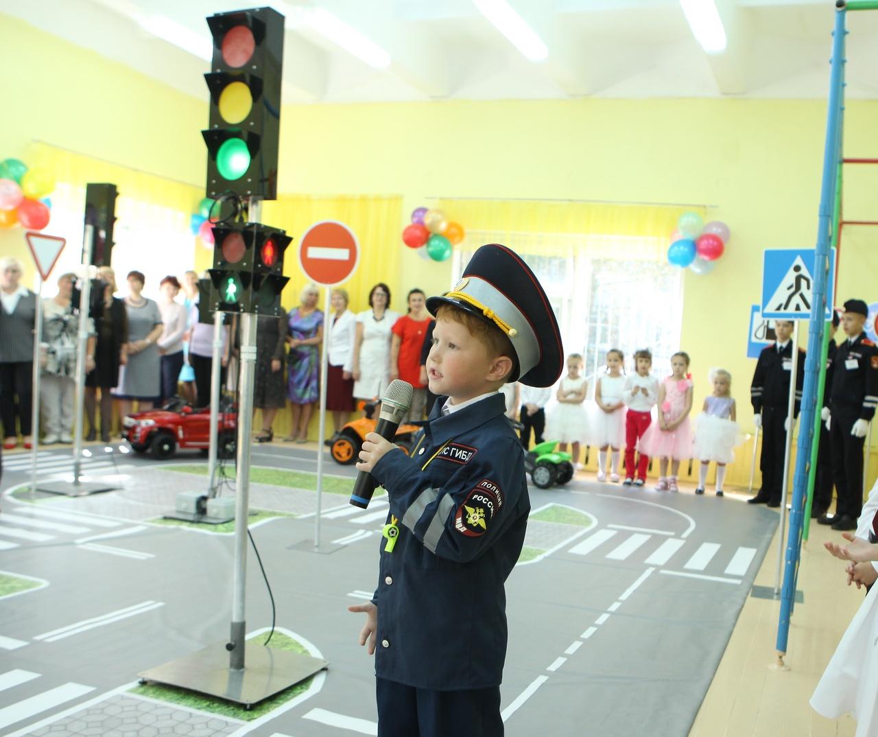"""В Вологде на базе детского сада """"Ивушка"""" открыли модульный автогородок"""