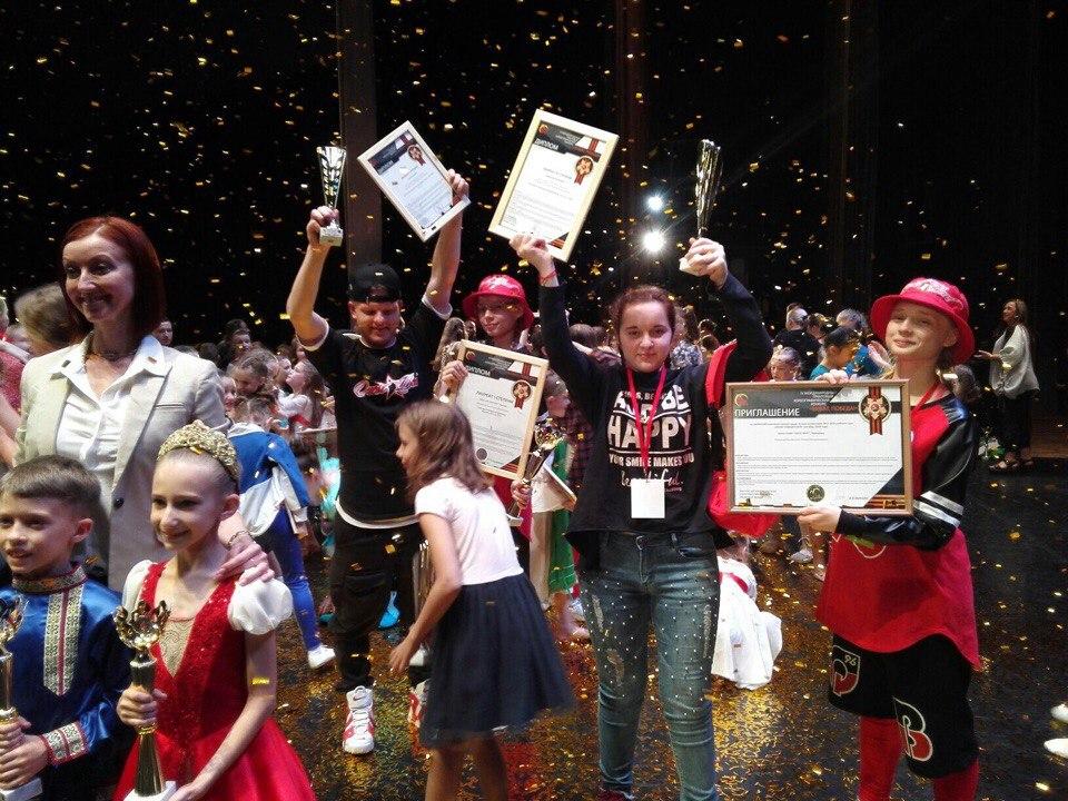Дети из Череповца, автобус с которыми сломался на трассе, стали победителями танцевального конкурса