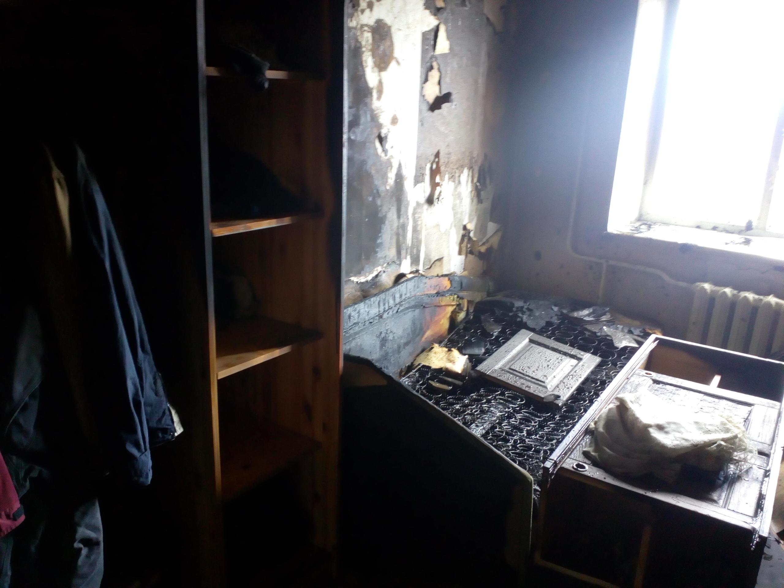 В Череповце девушка, арендовавшая квартиру, украла из нее все, включая розетки