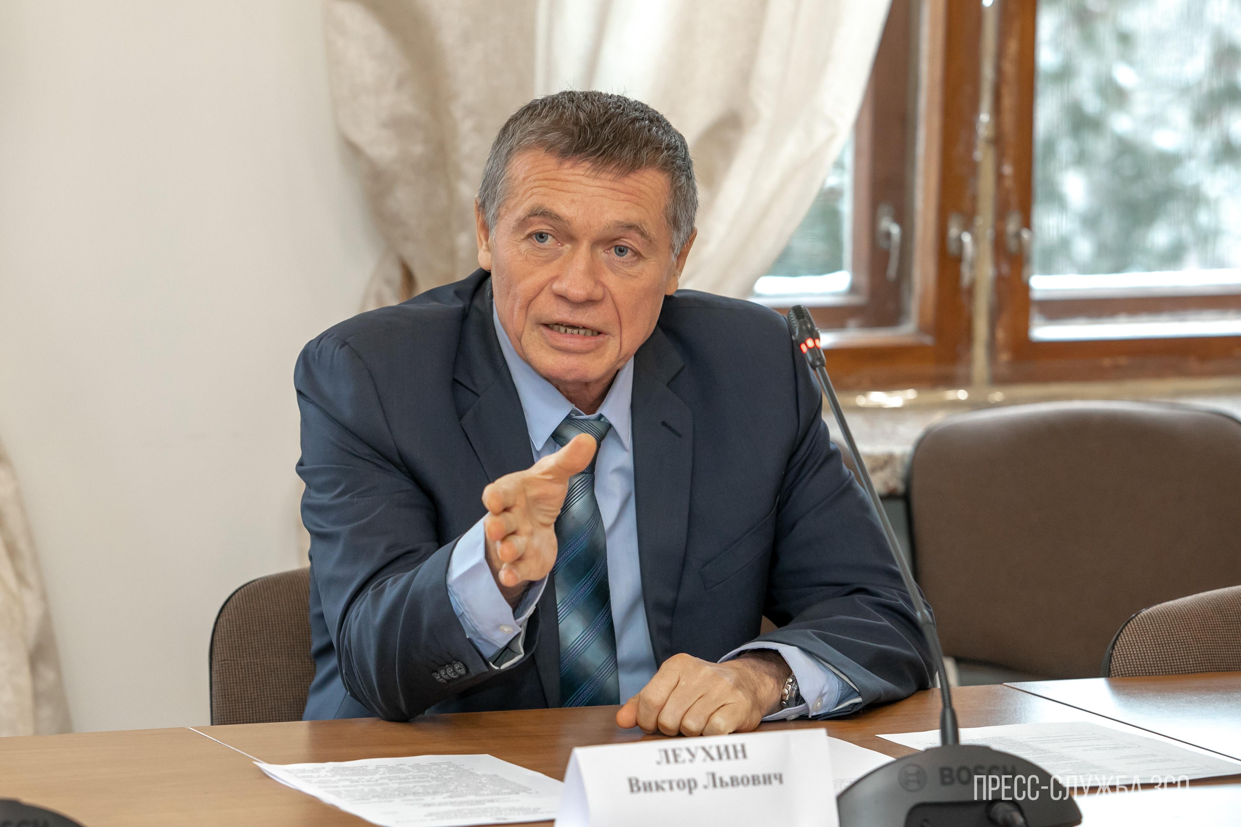 Вологодский депутат Виктор Леухин предложил упразднить фонд ОМС
