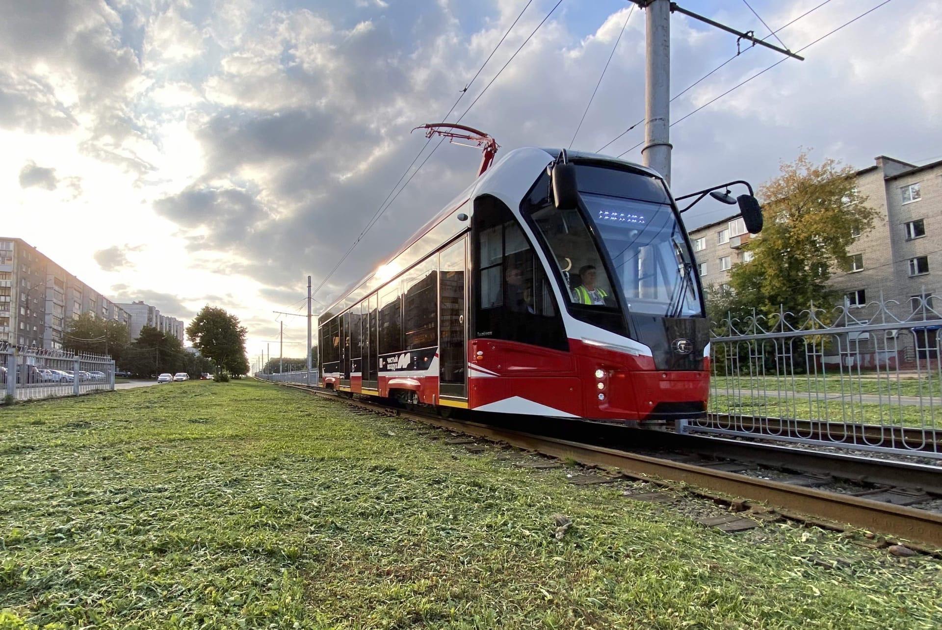 12 новых трамваев поступили в Череповец