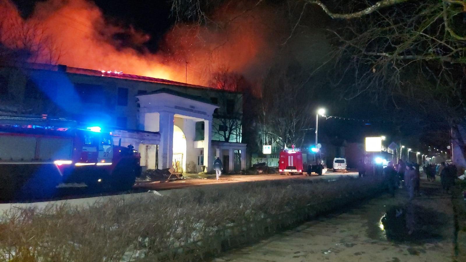 Здание льнокомбината в Красавино, в котором произошел пожар, в конце 2020 года было продано с торгов
