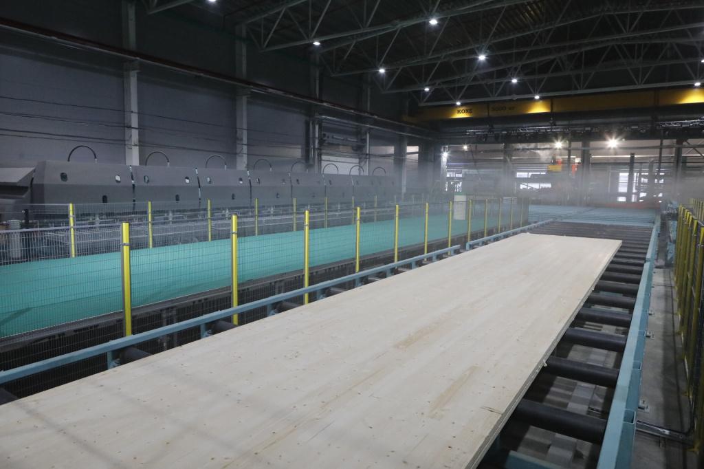 В Соколе открыли первый в России завод по производству CLT-панелей