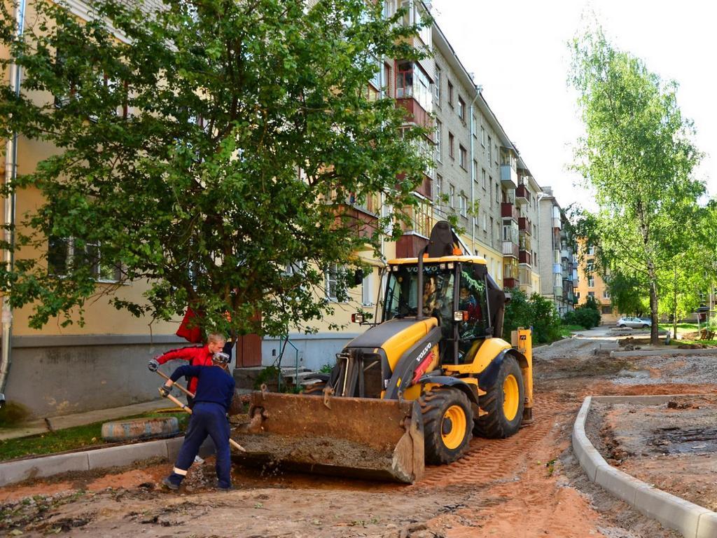 Смета на ремонт нескольких десятков дворов в Вологде была завышена на 16 млн рублей?