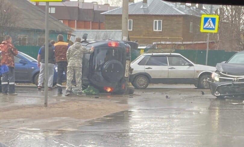 Глава Великоустюгского района Александр Кузьмин попал в ДТП на служебном авто