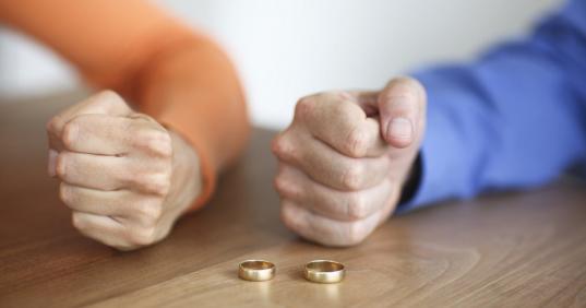 В Вологодской области на каждые три брака приходится по два развода
