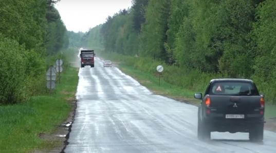 Пять километров дороги Василево - Устье в Сокольском районе обещают отремонтировать до 1 августа