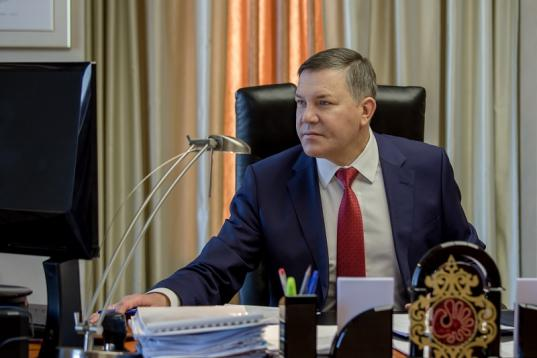 """Олег Кувшинников попал в рейтинг 28 """"губернаторов-долгожителей"""" России"""
