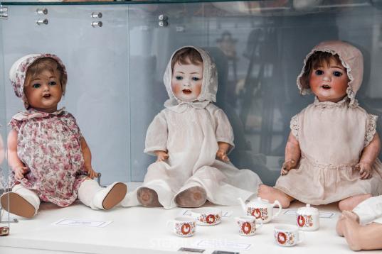 Выставка антикварных кукол откроется в Вологде 28 мая