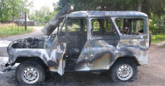 В Кичменгско-Городецком районе за рулем загоревшегося УАЗа обнаружили мертвого мужчину