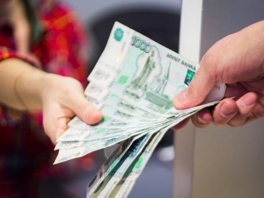 Жительница Харовского района пыталась дать полицейским взятку в 12 тысяч рублей