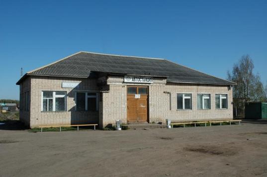Чиновники Никольского района хотели оставить жителей нескольких поселков без автобусов до райцентра еще на несколько лет