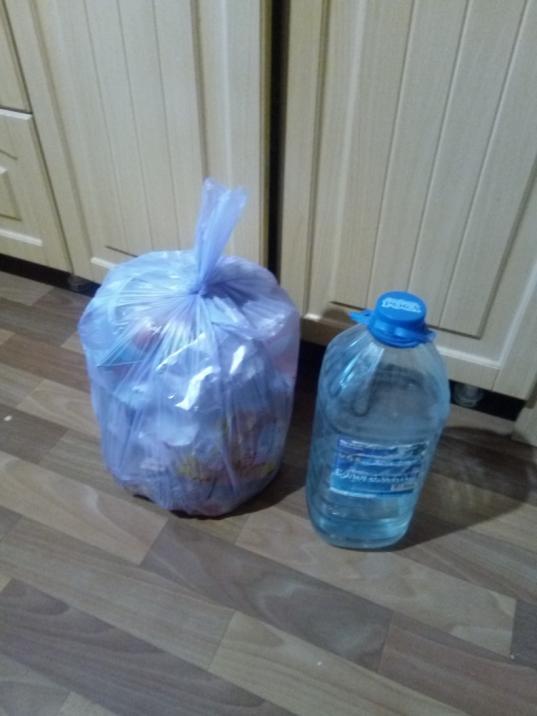 Перевозчик увез от дома на Карла Маркса, 123 в Вологде мусорные баки: жильцы обратились в прокуратуру